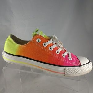 Womens Size 9Rainbow Ombre Low Converse All Stars